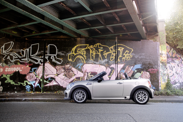 Mini Roadster grafitti