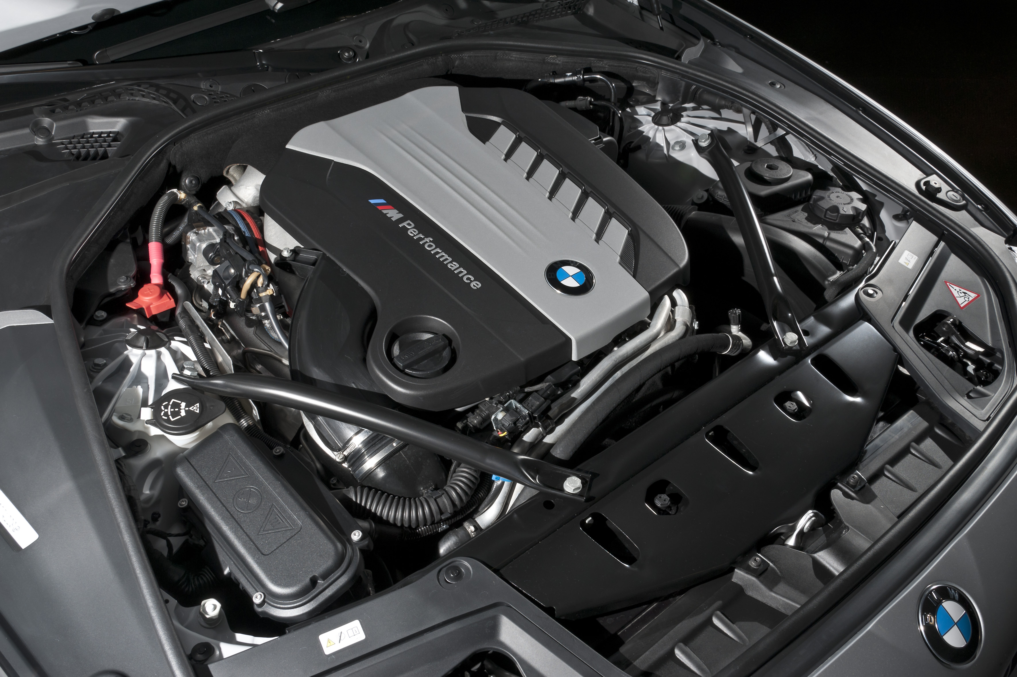 bmw m550d xdrive another awesome diesel americans can 39 t. Black Bedroom Furniture Sets. Home Design Ideas
