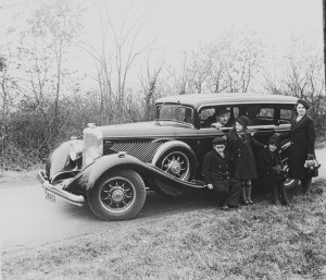 Old Cars in Old Photos: I Play Detective