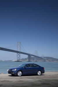 2013 Volkswagen Jetta Hybrid Fuel Economy Tops TDI