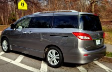 2013 Nissan Quest LE: First Look