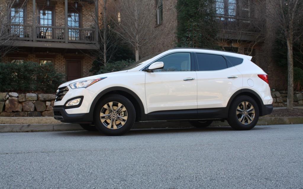 2014 Hyundai Santa Fe Sport premium technology packages