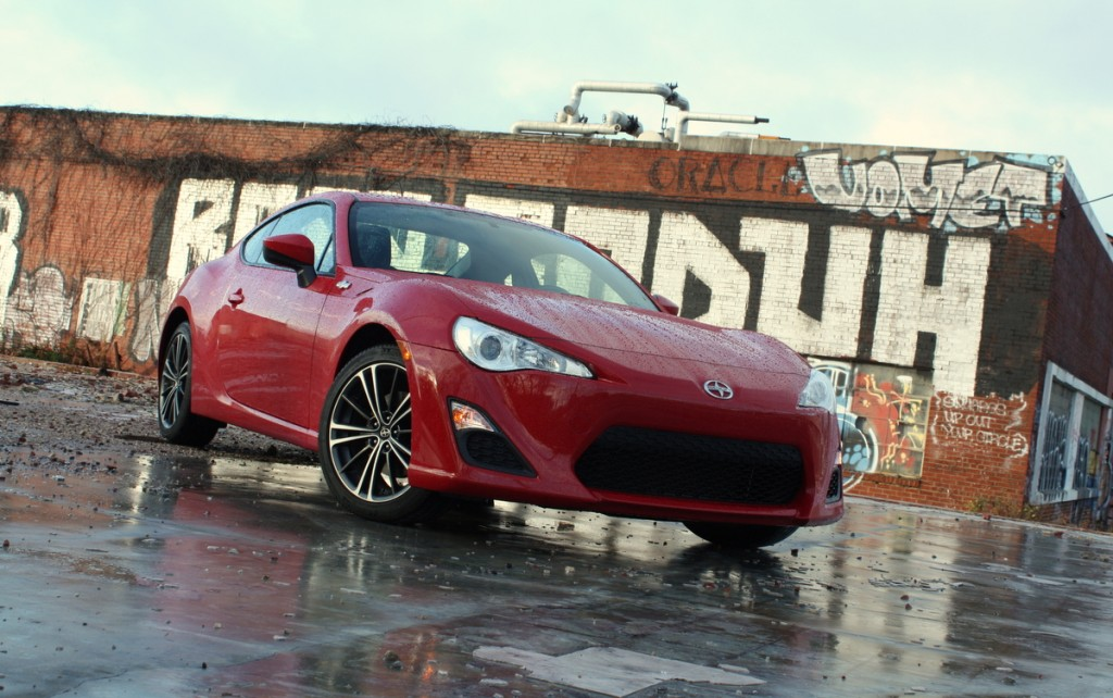 2014 Scion FR-S front three-quarter feat - LivingVroom.com